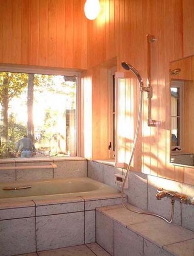 太田町の家 浴室
